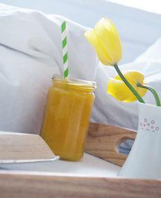 appelsinmyntejuice ➙ Opskrift fra Valdemarsro.dk Cocktails, Drinks, Hot Sauce Bottles, Smoothie, Juice, Food, Craft Cocktails, Drinking, Beverages