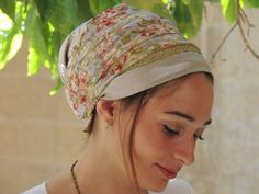 Unique handmade Mitpachat (Head Covering, Scarf, Tichel), fashionable and comfortable.  For any occasion...    The Mitpachat is about 200 cm.