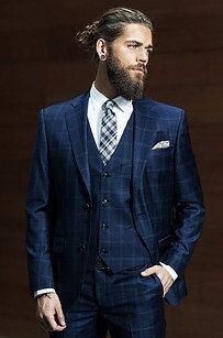 Ah, e claro, o melhor de todos os homens com barba e coque, Ben Dahlhaus.   23 combinações de barba e coque que vão despertar sua sexualidade