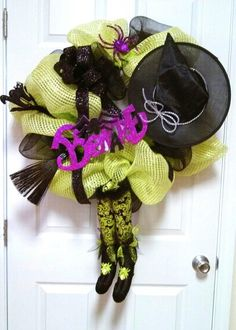 Deco mesh Halloween witch wreath by SandDDesigns on Etsy