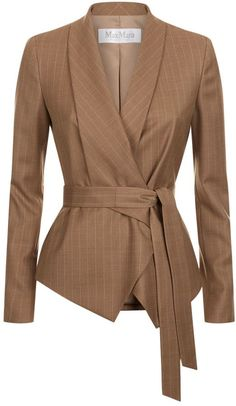 Max Mara Giunto Waterfall Pin Stripe Blazer Harrods, the world's most famous department store online with the latest men's and women's designer fashion, luxury gifts, food and accessories Blazer Outfits, Blazer Fashion, Suit Fashion, Chic Outfits, Fashion Outfits, Color Fashion, Blazer Dress, Fashion Clothes, Womens Fashion