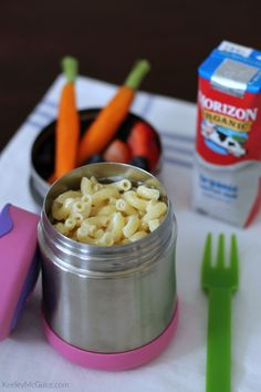 Back to School: School Lunches Your Kids Will Actually Eat. Need some quick and easy back to school lunches for your kids? Do you have a picky eater or need some non sandwich options. Kids Lunch For School, Healthy School Lunches, School Snacks, School School, School Teacher, Kids Daycare, Daycare Menu, High School, Cold Lunches