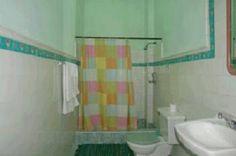 Detalle de baños 2 Cuba, Colonial, Sink, Home Decor, Hotels, Sink Tops, Vessel Sink, Decoration Home, Room Decor