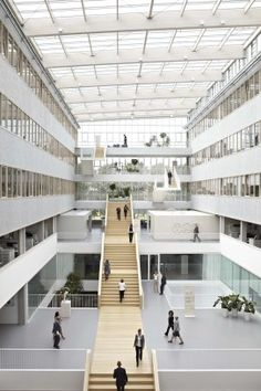 Architektur 54 Trendy stairs architecture atrium architects Silk Sheets – Do You Know What T Architecture Design, Plans Architecture, School Architecture, Architecture Definition, Hospital Architecture, Public Architecture, Parametric Architecture, Architecture Panel, Amazing Architecture