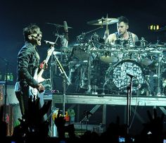 Shannon Leto and Jared Leto - Palasharp, Milan 2010- credits to owner