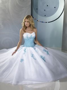 quinceanera dresses ( similar to the one I wanted ) !!