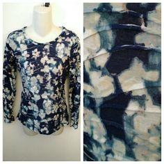 Vera wang watercolor print blouse small s Lightly used and freshly washed Simply Vera Vera Wang Tops Tees - Long Sleeve
