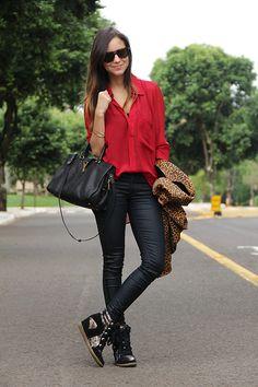 Look – Camisa Burgundy