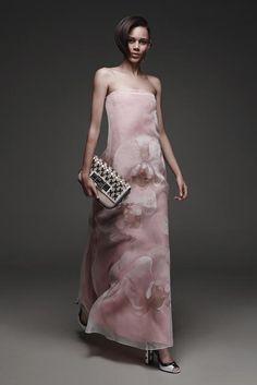 Fendi, Look #33 http://www.style.com/slideshows/fashion-shows/resort-2015/fendi/collection/33 Fendi, Look #33