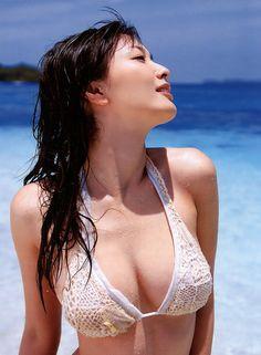 綾瀬はるかの画像|美人画像・美女画像投稿サイトの4U (via http://4u-beautyimg.com/image/732ccfe500cfd406e1b3174f950e5af6 )