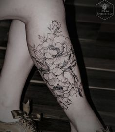 130 Most Beautiful & Sexy Tattoos for Women Flower Leg Tattoos, Girl Leg Tattoos, Tattoos Skull, Cute Tattoos, Body Art Tattoos, Dragon Tattoos, Ankle Tattoos, Tatoos, Calf Tattoos For Women