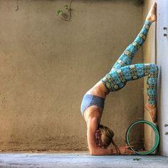 http://www.aliexpress.com/store/2064168 Use your yoga wheel near the wall, but you still feel amazing #yogablocks