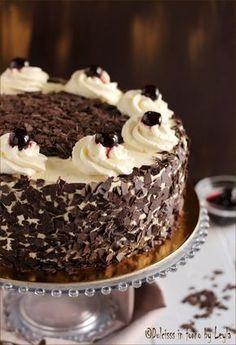 Torta foresta nera ricetta originale tedesca Dulcisss in forno by Leyla