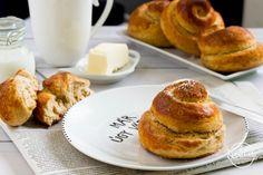 Briós teljes kiőrlésű lisztből, édesítőszerrel Bagel, Hamburger, French Toast, Sweets, Bread, Diet, Breakfast, Recipes, Food