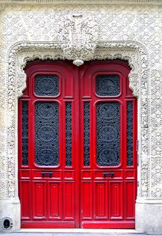Paris in Red / 28 Rue de Richelieu / Stunning door and entrance Cool Doors, The Doors, Unique Doors, Entrance Doors, Doorway, Windows And Doors, Grand Entrance, Doors Galore, When One Door Closes
