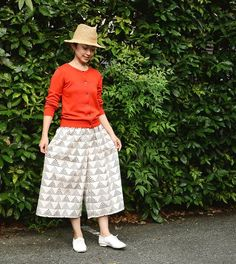 Drafting of relaxing wide pants · How to make and pattern Lace Skirt, Midi Skirt, Sewing Magazines, Japanese Sewing, Sewing Patterns Free, Free Sewing, Fashion Sewing, Easy Wear, Japanese Fashion