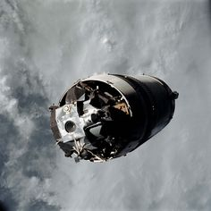 The Lunar Module known as Spider shown still attached to the Saturn IVB stage in earth orbit prior to docking with Apollo Command/Service module known as Gumdrop on March Credit: NASA. Apollo Space Program, Nasa Space Program, Nasa Missions, Apollo Missions, Cosmos, Programa Apollo, Lunar Lander, Nasa Images, Nasa Astronauts