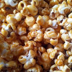 Caramel popcorn (salted butter) as in the cinema (but cheaper . Easy Vanilla Cake Recipe, Easy Cake Recipes, Sweet Recipes, Snack Recipes, Dessert Recipes, Salted Butter, Popcorn Au Caramel, Pop Corn Caramel, Butter