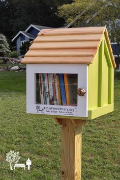 Kate S. from Grand Rapids, MI stewards this brightly painted Little Free Library.  Located in the beautiful neighborhood of Cimarron Meadows, this library was dedicated with love to Kate Schaefer by her Family on her birthday. We hope to see you soon!