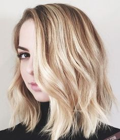 Shoulder Length Layered Hairstyle for Blond Hair