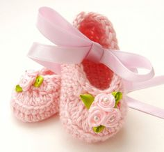 Spring Easter Baby Girl Crochet booties by ItsyBitsyBabyToes, $14.00