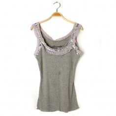 close-fitting T-shirt with lace edge