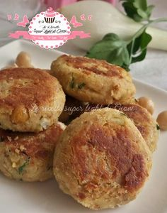 Polpette light di ceci (24 calorie l'una) | Le Ricette Super Light Di Giovi Cena Light, Healthy Cooking, Cooking Recipes, My Favorite Food, Favorite Recipes, Vegetarian Recipes, Healthy Recipes, Calories, Light Recipes