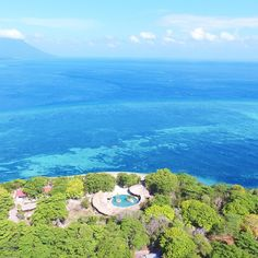Ngak Perlu ke Maldives Cukup ke Siladen Resort and Spa Bunaken yang dinobatkan sebagai Best Dive Centre or Resort 2017 Dunia