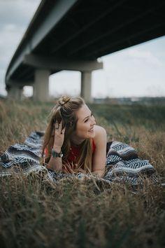 boho/bohemian senior photoshoot | Cassie Cook Photography | Senior portraits