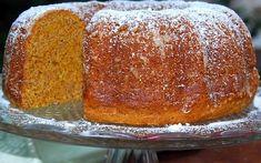Portuguese Desserts, Portuguese Recipes, Cupcakes, Cupcake Cakes, Sweet Recipes, Cake Recipes, Confort Food, Christmas Bread, Food Cakes