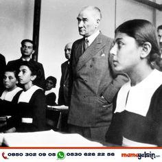 Mustafa Kemal Atatürk in Adana Girls Institute in Adana, 1937 Blue Eyes Pop, Turkish Army, The Turk, Pics Art, Sports Day, Great Leaders, World Peace, The Republic, Revolutionaries