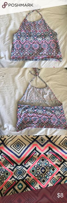 Aeropostale Women's Halter Crop Top This crop top is a women's XL but as shown in picture can fit loosely on someone sized women's S or M, still in good/new condition, worn few times! Aeropostale Tops Crop Tops