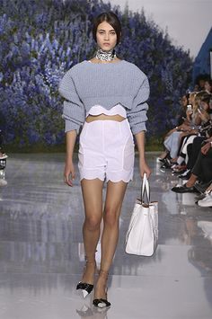 Silhouette_49 / SPRING-SUMMER 2016 READY-TO-WEAR FASHION SHOW / Ready-to-wear / Woman / Dior official website