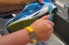 Καθαρίζοντας τα αθλητικά μας παπούτσια με πλύσιμο στο χέρι