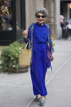 Everything is amazing here: The color, the scarf, and especially the shoes!
