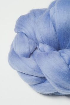 Extra-fine merino wool (about 16 microns). Color Hydrangea. Preferable for wet and nuno felting. Perfect for spinning. http://www.dhgshop.it/item-fibers-tops-slivers-14.5-merino-wool-hydrangea_231_1729_1_78_1.php