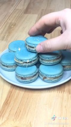 Colorful, pillowy, and delicately flavored, macarons are so incredibly satisfying it will leave you wanting more. A macaron is a delicate meringue-based cookie French Macaroon Recipes, French Macaroons, French Macaron Flavors, Chocolate Macaroons, Chocolate Ganache, Fun Baking Recipes, Gourmet Recipes, Dessert Recipes, Gourmet Foods