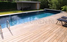 Zwembad-tuin in Gorinchem - Tuinontwerp en tuindesign STIJLTUINEN   Exclusieve, luxe en moderne tuinenTuinontwerp en tuindesign STIJLTUINEN   Exclusieve, luxe en moderne tuinen