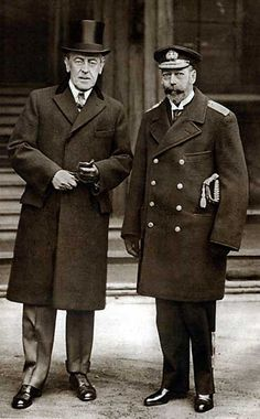 President Woodrow Wilson and King George V (George V AND VI had to work far too hard to get help from America in the WWars) British History, World History, American History, European History, Historia Universal, Presidential History, Our President, President Roosevelt, American Presidents
