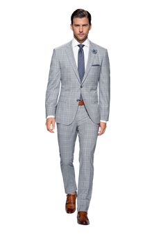 Hugo Boss suit... I like the cut and the colour, just not