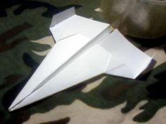 Como hacer un avion de papel, modelo30