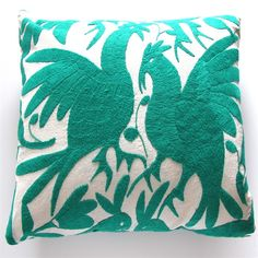 Can't get enough Otomi embroidery.