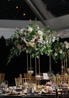 Lush wedding decor with fresh mixed greenery white with vintage roses Reception Decorations, Table Decorations, Eclectic Design, Vintage Roses, Greenery, Floral Design, Elegant, Luxury, Lush