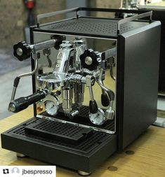 Great ways to make authentic Italian coffee and understand the Italian culture of espresso cappuccino and more! Coffe Machine, Espresso Coffee Machine, Cappuccino Machine, Coffee Maker, Coffee And Books, Coffee Love, Coffee Roaster For Sale, Barista, Cheap Coffee