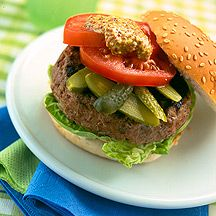 Traditional Beef Burger  Burger  Weight Watchers recipe  4.5 Stars  Ratings (3)  10ProPoints® Value  Prep time:  10 min  Cook time:  10 min  Other time:  0 min  Serves: 4  It's so simple to make your own burgers – prepare these for entertaining at a barby, or for an evening meal.