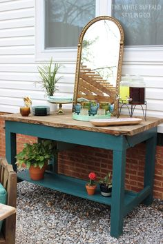 Style an Outdoor Buffet for your next summer bash! #outdoor #summer #entertaining #outdoorentertaining