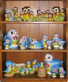 Cute vintage blue bird and owl figurine collection.  This is a fabulous collection...it would be difficult to put this together...
