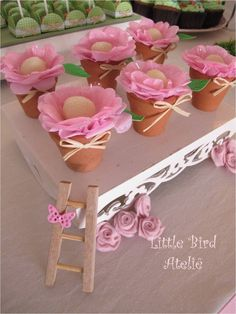 Discover thousands of images about Little Bird Ateliê: Festa Jardim das Borboletas da Duda Garden Birthday, Girl Birthday, Birthday Parties, Butterfly Birthday, Ideas Para Fiestas, Minnie, Princess Party, Easter Crafts, Party Planning
