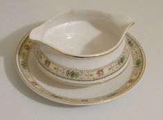 Clearance Sale  Vintage Homer Laughlin China Gravy by RitasGarden, $4.50