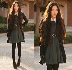 Merrin & Gussy Gold Collar Tips, Romwe Lock And Key Belt, Oasap Long Faux Leather Gloves, Love Dark Green Chiffon Dress